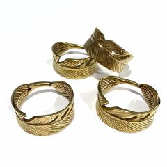 NEW! Set Of Four Gold Feather Napkin Rings